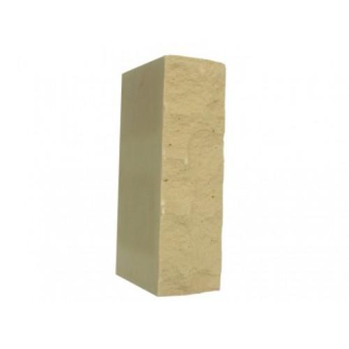 Кирпич силикатный утолщенный рустированный желтый 1,4 НФ Глубокинский